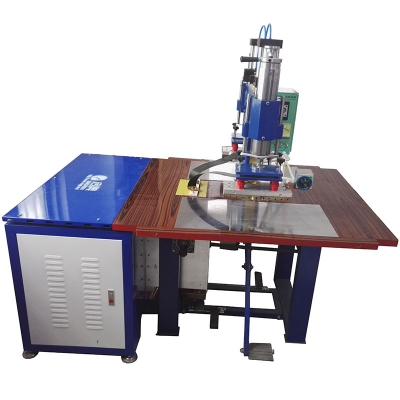 Double-end high frequency welding machine for plastic welding